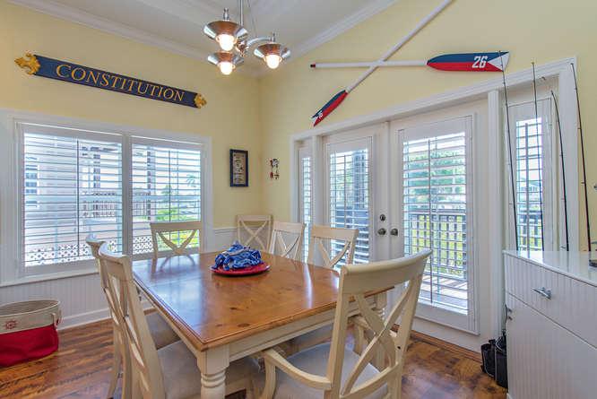 301 S Storter Avenue-small-004-Dinning Room-666x445-72dpi